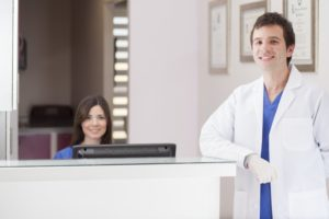 dentist and receptionist dental answering service